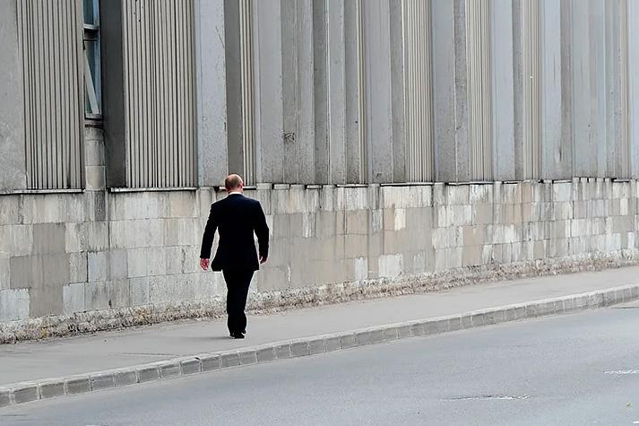 Слухи о возможном уходе Путина из-за Паркинсона