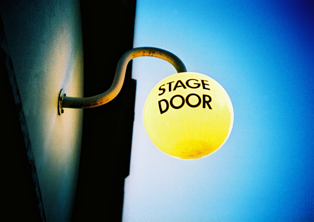 Stage door lightbulb