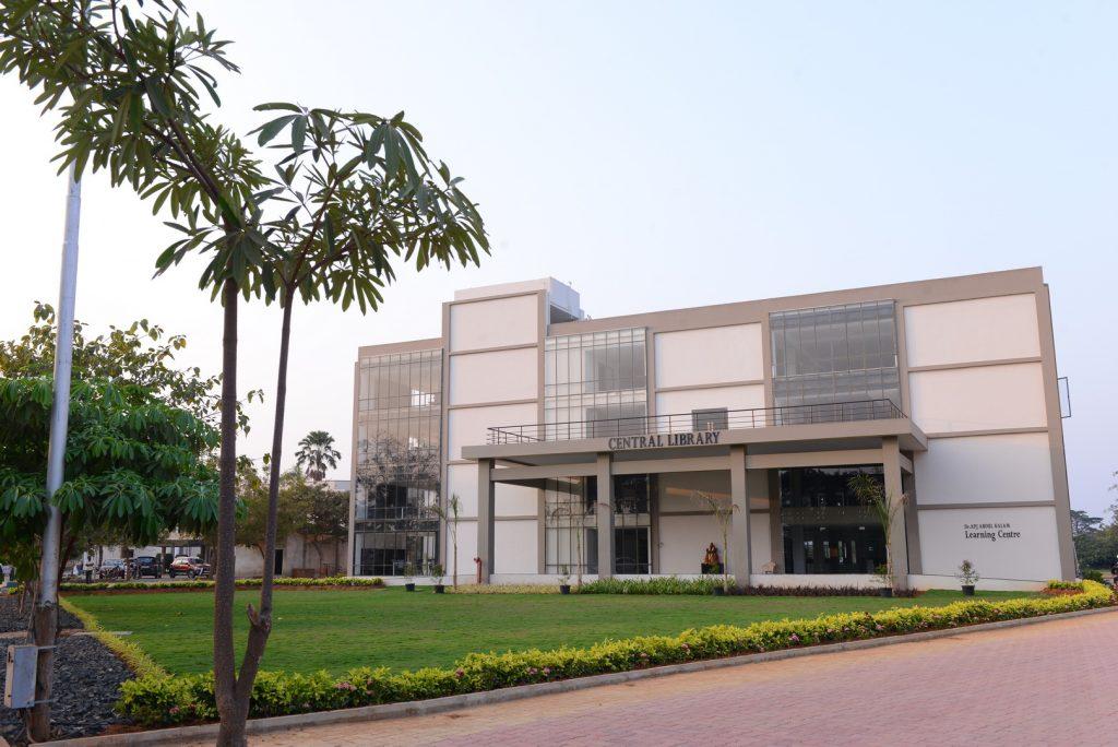 ASRAM College of Nursing, Eluru