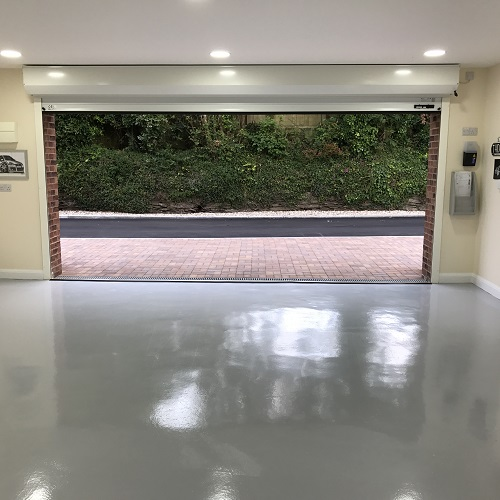 Why you should paint your Classic Car garage floor with Epoxy Resin