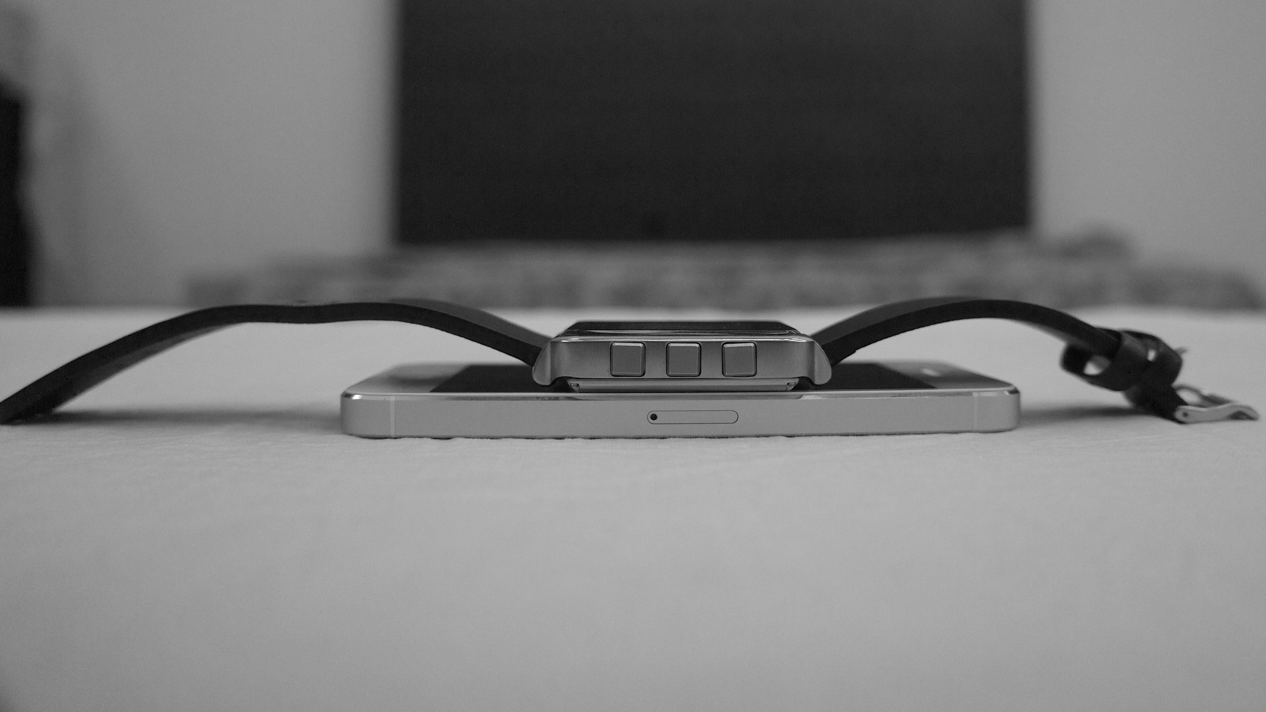 MetaWatch compared to iPhone 5 - Thickness
