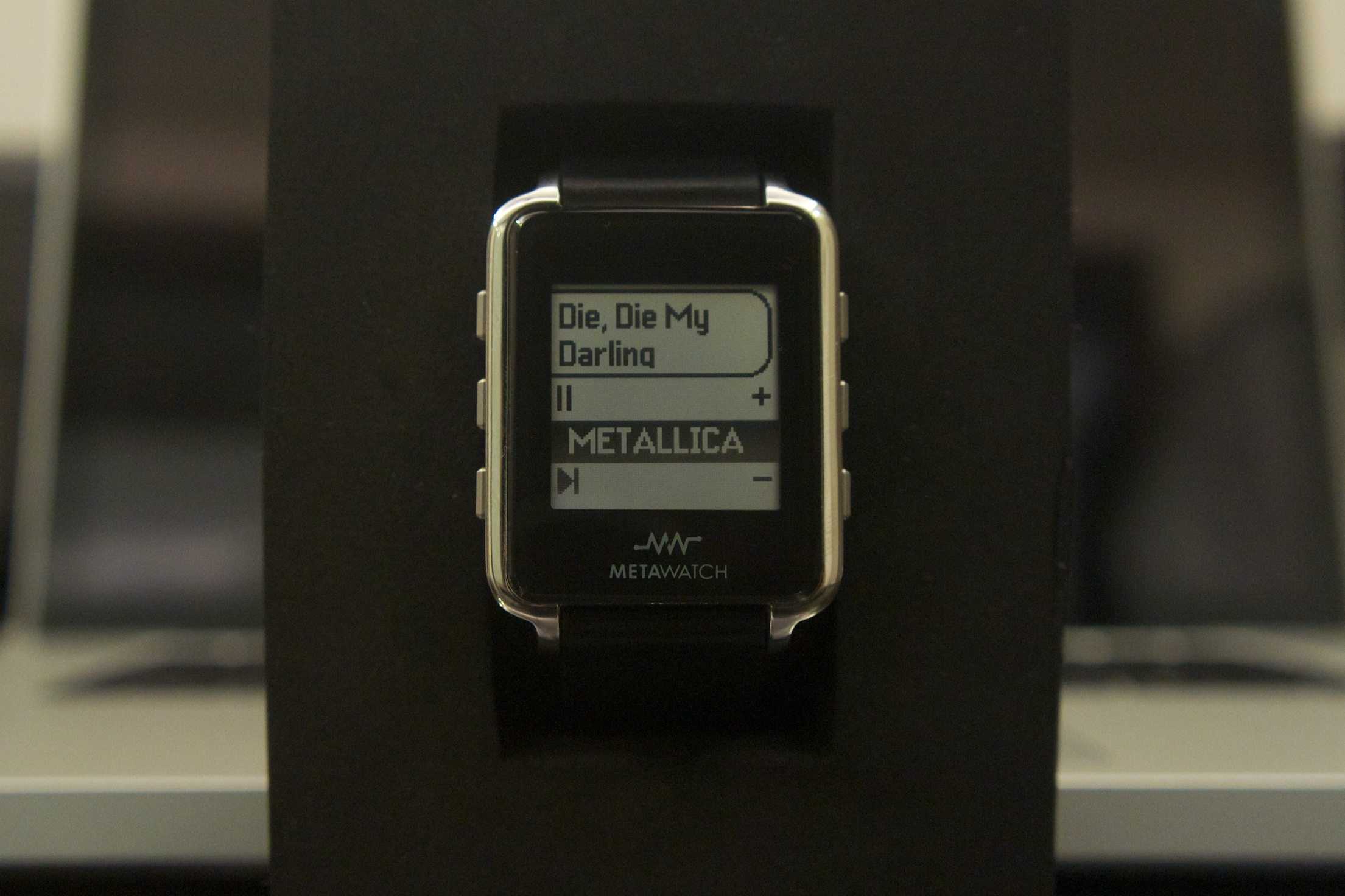 MetaWatch Music controls